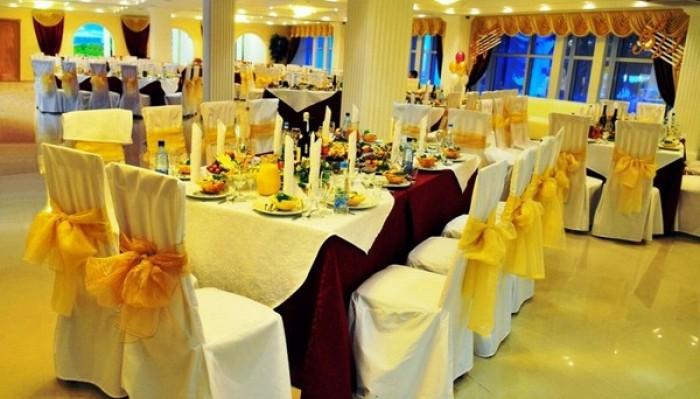 De luxe hall