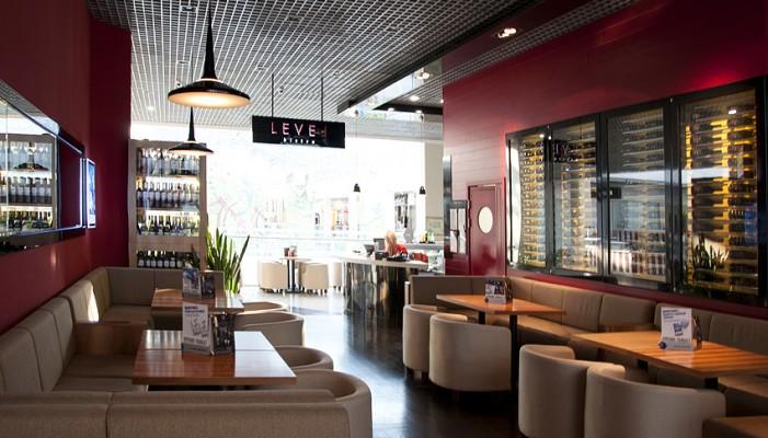 Level bistro & wine