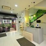 Спа-салон растительной косметики «Yves Rocher»