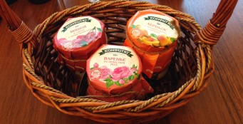 Крымское натуральное варенье - лекарственный десерт из фруктов, ягод и цветов!