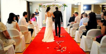Приглашаем Вас провести свою свадьбу у нас! От 1000 руб. с человека!