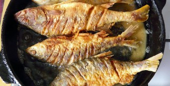 """Сегодня в """"Стейк хаус"""" блюдо дня свежайшая речная рыба жаренная на сковороде!"""