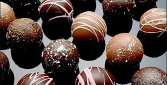 В меню появились шоколадные конфеты ручной работы!