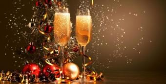 Романтичная новогодняя ночь очень, покачиваясь на волнах Волги в нашей Баньке!