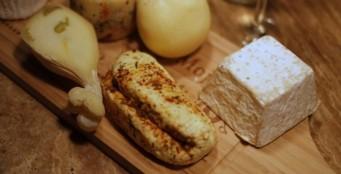 Теперь вы можете приобрести у нас вкусный сыр ручной работы от @rnd_cheese