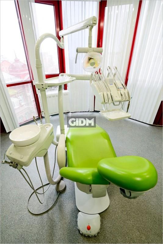 Стоматологическая клиника на максима горького саратов
