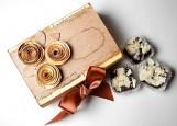 Коробка фирменных шоколадных конфет
