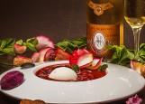 Уймблдон - суп из клубники с шампанским и мороженым