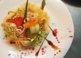 Салат из курицы и копченых вешенок