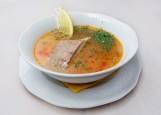 Уха из осетровых пород рыбы с рюмкой «хреновухи» и кулебякой рыбной на 1 персону