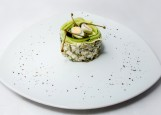 Салат оливье с куриной грудкой